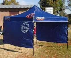 Discovery easy up Gazebo with 2 side panels