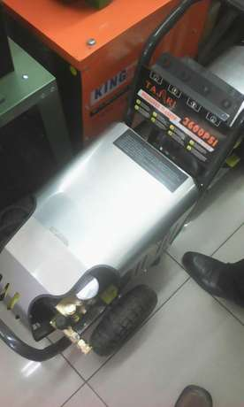 New and high quality electric and gasoline carwash pumps Nairobi CBD - image 2