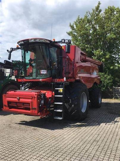 Case IH Axial-flow 7250 Harvest Command - 2019