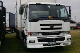 2008 Nissan Insulated body UD440 Truck