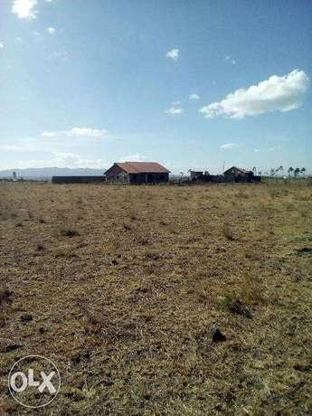 2.8 acres along kiserian isinya road Kiserian - image 5