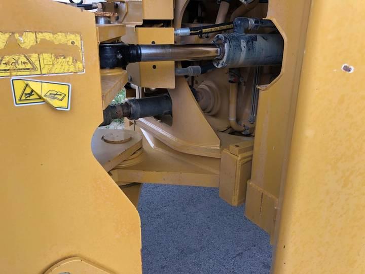 Caterpillar 980K wheel loader - 2013 - image 9