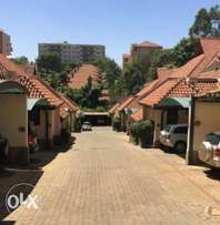 5 Bedroom en suite luxurious townhouse to let spring valley 240k