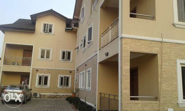 A Lovely 2 Bedroom Penthouse for Rent in Lekki Phase 1, Lagos. Ikoyi - image 1