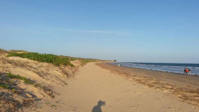 Beach plot for sale at malindi after mambrui garithe kichwa cha Kati,n Kilifi - image 1