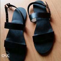 black royal sandal