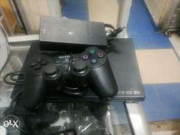 PlayStation 2 slim.