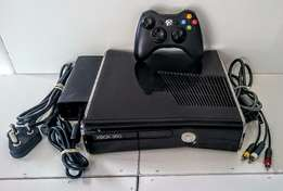 Xbox 360 Slim 250GB Awesome Condition!