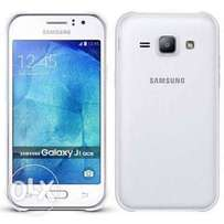 "Samsung j1 ace-4.7"" display, 8gb ROM,1gb ram,5mp camera"