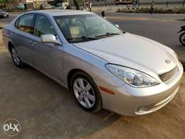 2006model Lexus ES330 for sale of 2.950m Lagos cleared