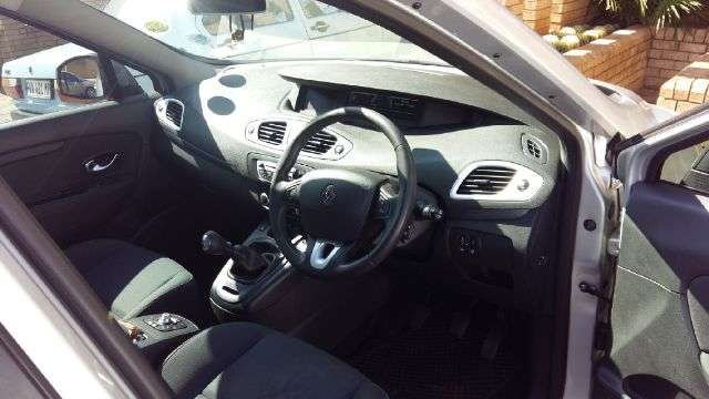 Must have family car Middelburg - image 3