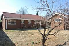 A Very Beautiful House For Sale In Vaalpark
