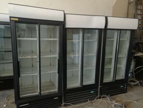 Display fridge double door Pretoria West - image 2
