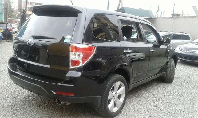 Subaru forester black beauty Makina - image 4