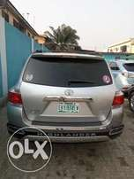 2013 Toyota Highlander Full Opitioned For Sale