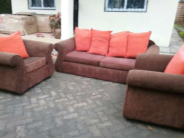 5 sitter Seats For Sale Mombasa Island - image 3