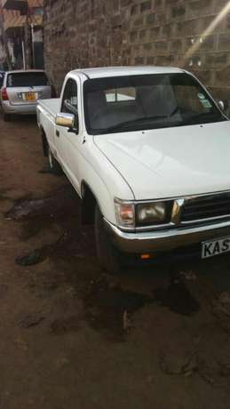 Quick sale! Toyota pickup Millennium KAS available at 970k asking! Nairobi CBD - image 8