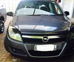 Immaculate Opel Astra. Bargain
