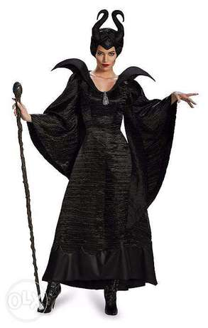 Maleficent costume with wig