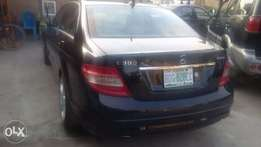 Registered Mercedes Benz C300 '09model