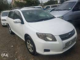Toyota corolla Fielder, extremely clean. Buy and drive