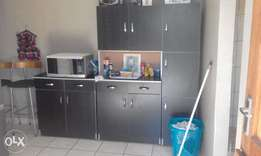 Urgent Sale. 3 Piece Kitchen Unit