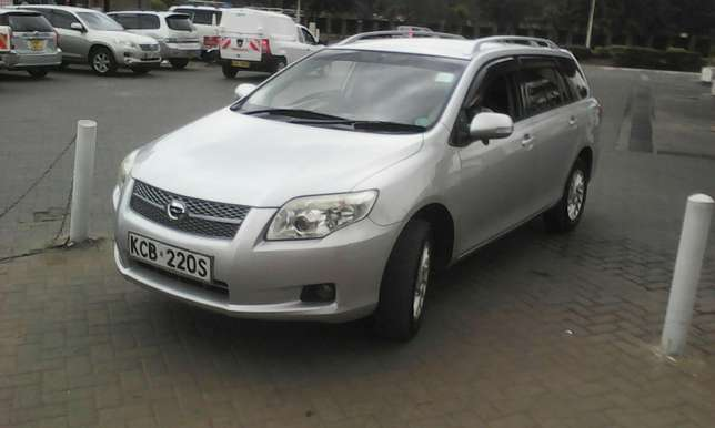 Clean toyota fielder South C - image 2