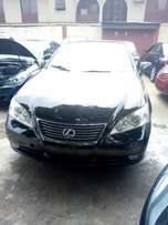 Lexus EX350 Tokunbo 2007 Model Very Clean Perfectly Conditions Black