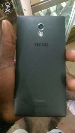 UK used Tecno Camon C9 Lagos Island West - image 2