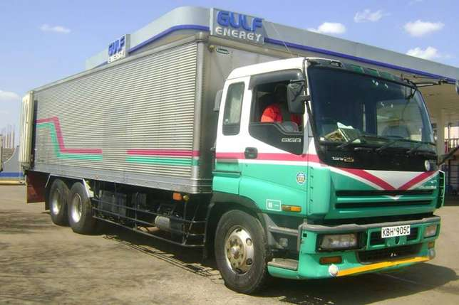 Cranes,rollies,trucks and other machineries for hire Nairobi CBD - image 7