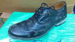 a BEDISTU made in Mexico camouflage wingtip oxford size 42(UK-8)