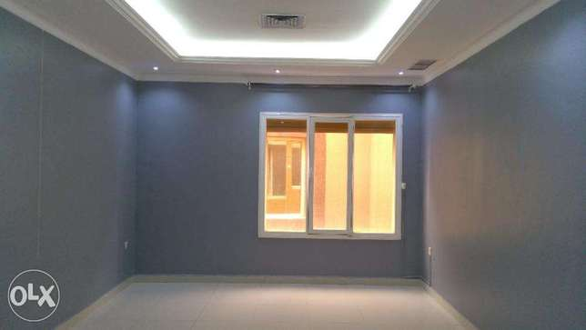 Spacious 3 bedroom villa apt in mangaf.