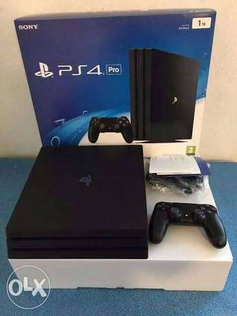 PlayStation a month fairly used Lagos Mainland - image 2