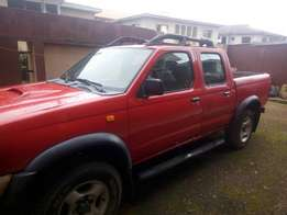 Clean Nigeria used Nissan frontier p/cup double cabin with good condit