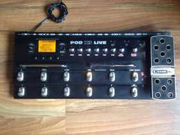 Line 6 Pod X3 Live Pedalboard with Wah Pedal