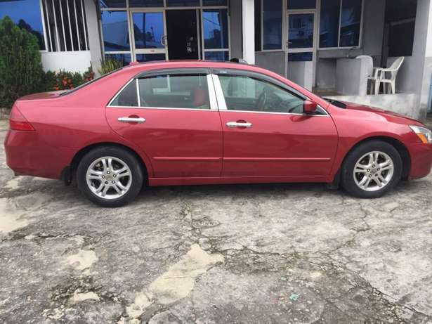 Very clean Registered HONDA ACCORD 2007 Model available for sell Eti Osa West - image 7