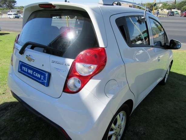 Chevrolet Spark 1.2 LS- Perfect City car Kuils River - image 8