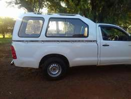 am selling toyota hilux D4D