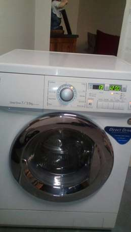 Lg direct drive washer/ dryer in excellent condition Brackenfell - image 8