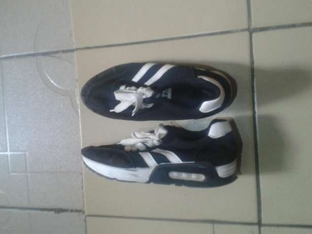fairly used sneakers for female size 38 Dutse - image 2