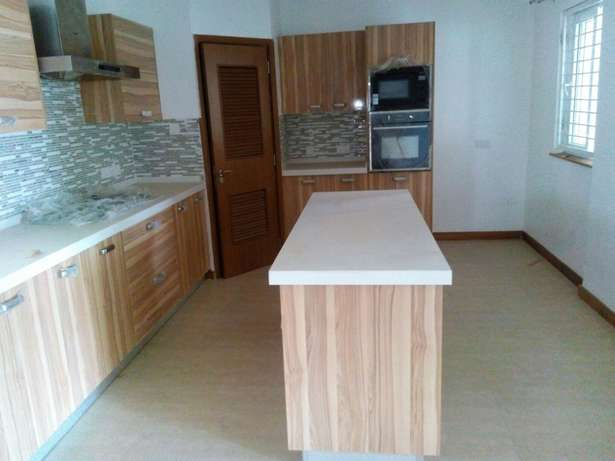 Cozy three bedroom and sq for rent in Lavington Lavington - image 4
