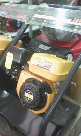 New and high quality electric and gasoline carwash pumps Nairobi CBD - image 4