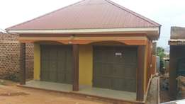 Newly built shops for sale in Ndejje Zanta Entebbe Road. 65M