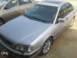 Volvo S40 neat 1st body for sale