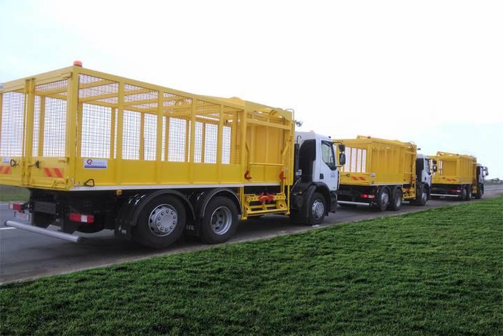 AUTOGUNOIERA pentru colectare plastic & metal garbage truck
