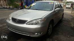 Toks Toyota CAMRY XLE i4