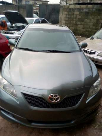 Extremely clean Toyota Camry sport Edition Lagos - image 2