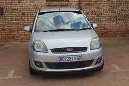 Ford Fiesta 1.4 available.EXCELLENT CONDITION!!!