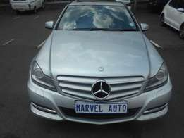 2013 Auto Mercedes-Benz C-class c350 Elegance Cdi For R210000