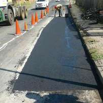 Tarred surfaces/domestic & industrial driveways, roads & parking areas